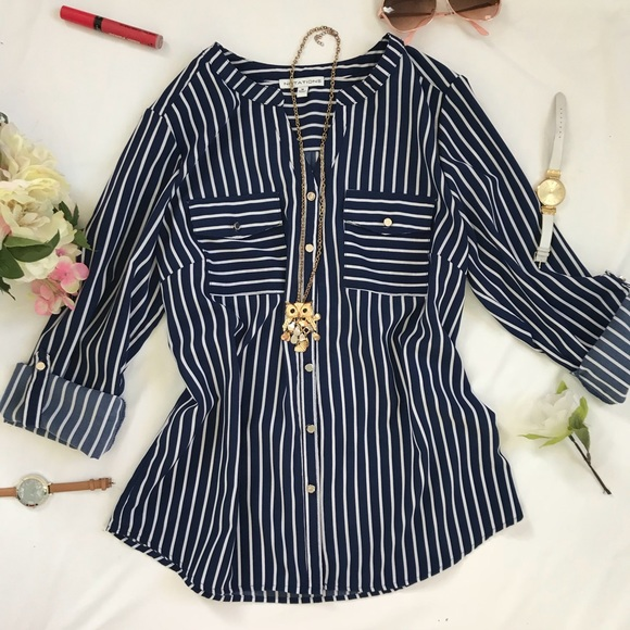 7ff69119 Women's Long Sleeve blue and white stripes shirt. M_5a397d7e31a3762fb3018eb7